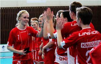 floorball dk U19 landshold piger kvinder Jasmin