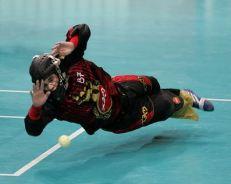 floorball keeper redning